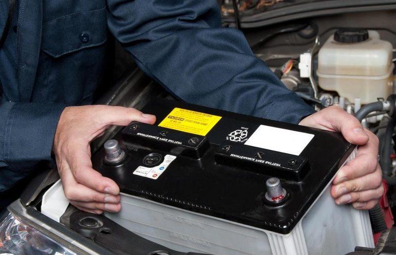 replacing-car-battery1_800x568