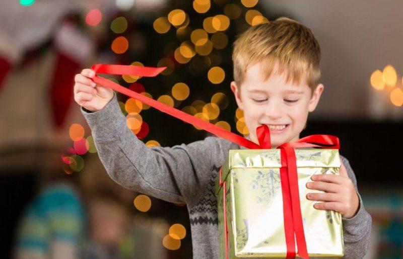 Cosa fare come regalo di Natale ad un bambino di 10 anni | Mostra
