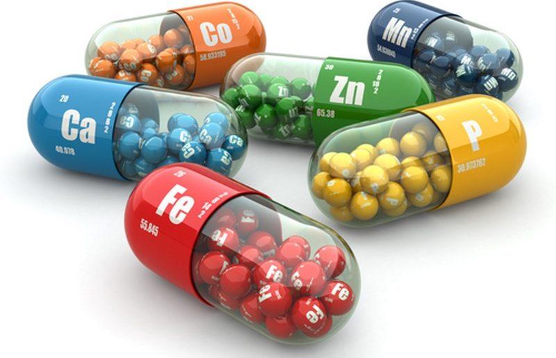 3155576-s-i-supplementi-dietetichi.-pillole-di-variet--.-capsule-di-vitamina_800x600